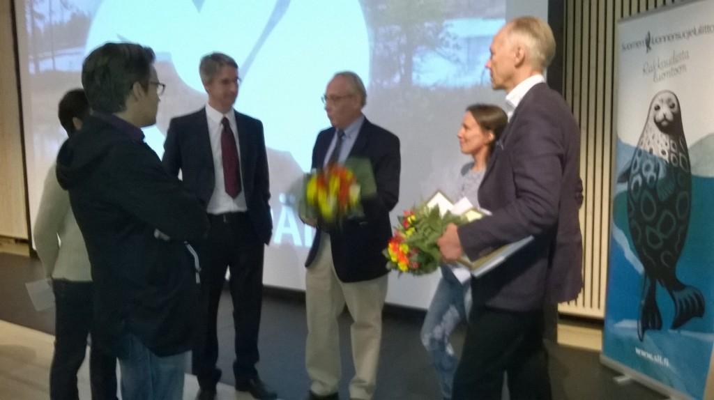 Suomi Liputtaa Luonnolle Ensimmäisenä Maana Maailmassa   Suomen Luonnon Päivä